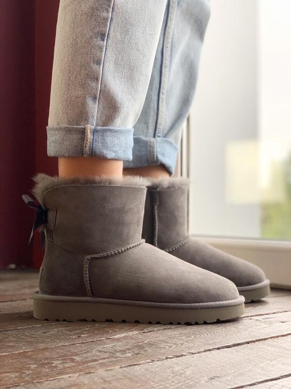 Шикарные женские сапоги ботинки зимние ugg bailey bow mini gray - Фото 3