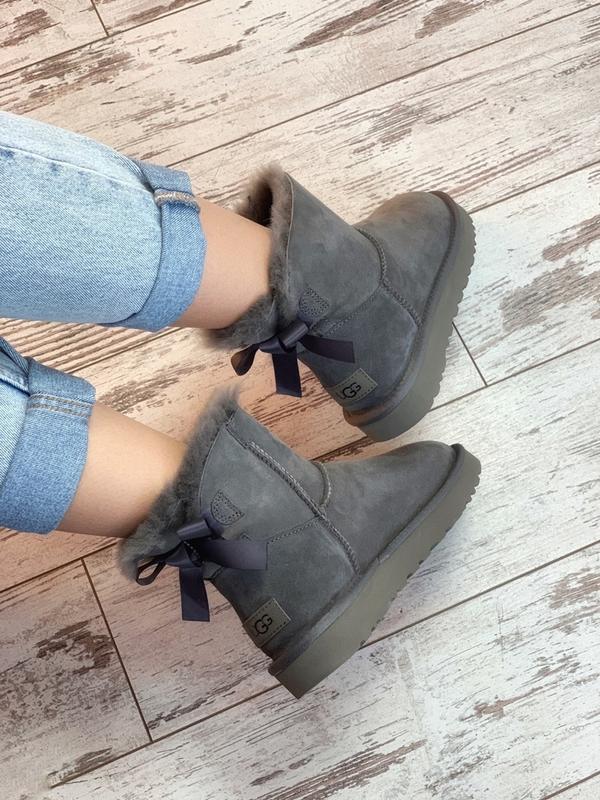 Шикарные женские сапоги ботинки зимние ugg bailey bow mini gray - Фото 5