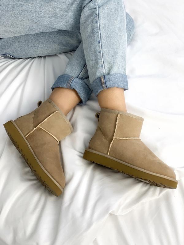 Шикарные женские зимние ботинки сапоги ugg classic ii mini lig...