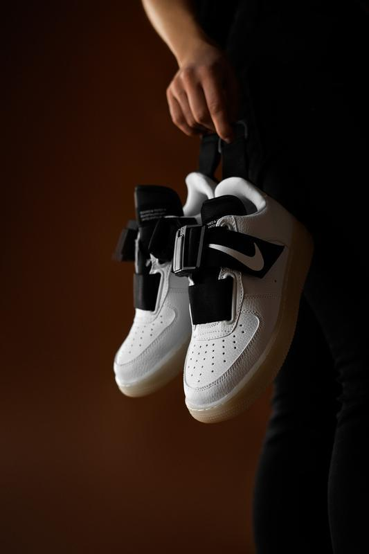 Шикарные женские кроссовки nike air force utility white/black