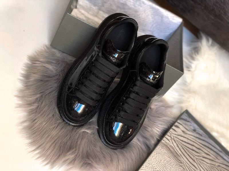 Шикарные женские кроссовки alexander mcqueen galaxy - Фото 2