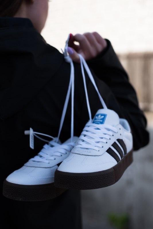 Шикарные женские кроссовки adidas samba black/white - Фото 2