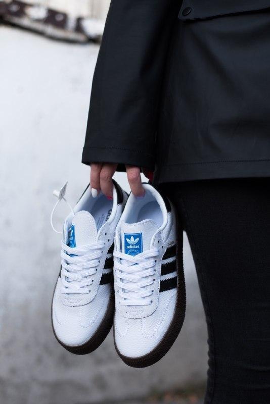 Шикарные женские кроссовки adidas samba black/white - Фото 3