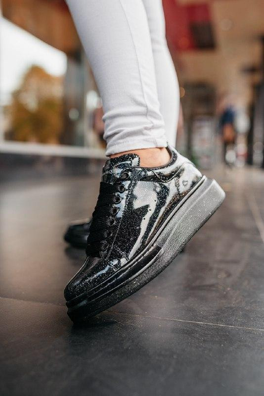Шикарные женские  кроссовки  alexander mcqueen  alexander mcqueen