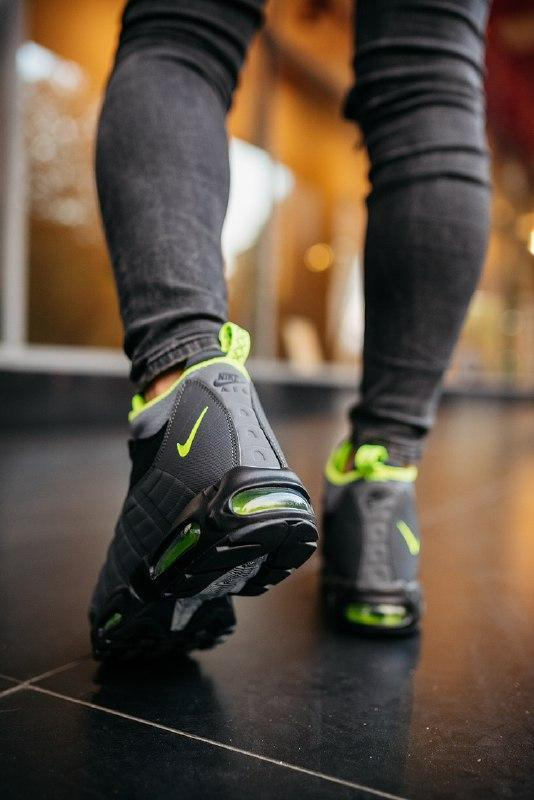 """Шикарные мужские кроссовки nike 95 sneakerboot """"black volt""""  т... - Фото 5"""
