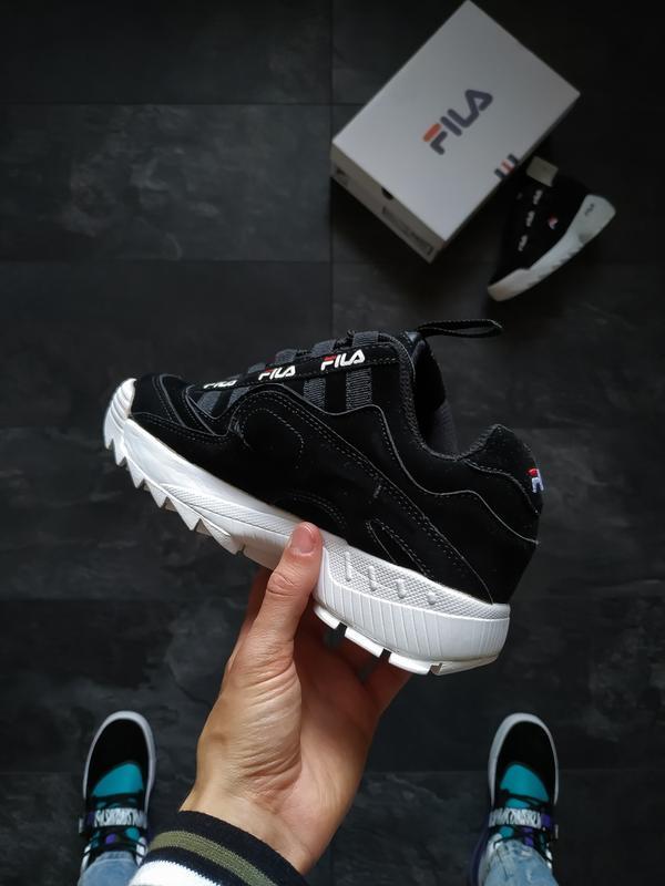 Шикарные женские кроссовки fila disruptor 2 black