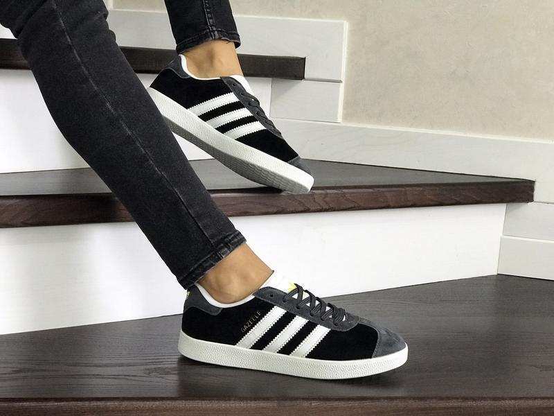 Шикарные женские кроссовки adidas gazelle black/grey