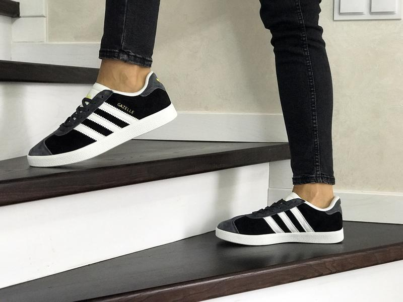 Шикарные женские кроссовки adidas gazelle black/grey - Фото 3