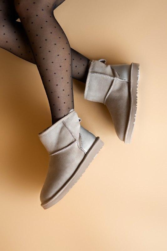 Шикарные женские зимние сапоги ботики ugg classic ii mini goat... - Фото 4