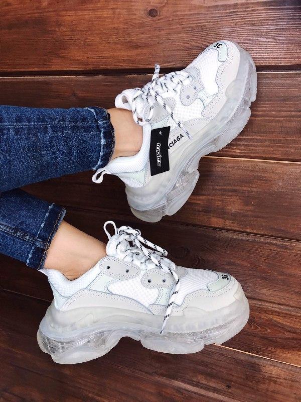 Шикарные женские кроссовки balenciaga triple s clear sole white