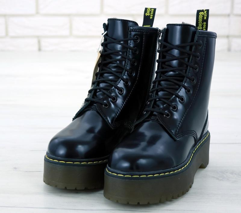 Шикарные женские ботинки  с мехом dr. martens jadon black