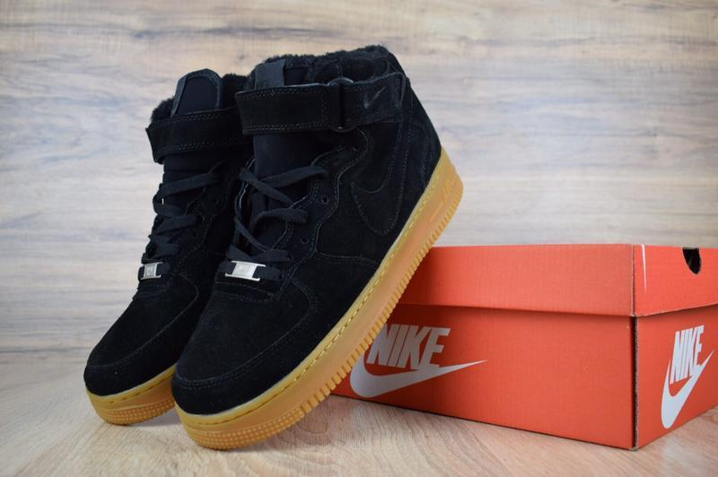 Шикарные мужские кроссовки с мехом nike air force черные на бе... - Фото 2