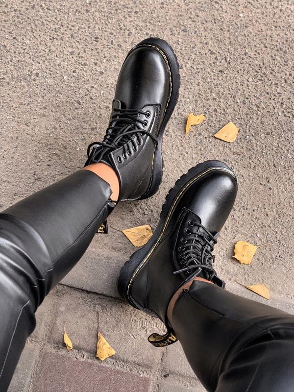 Шикарные женские зимние ботинки с мехом dr.martens black jadon... - Фото 6