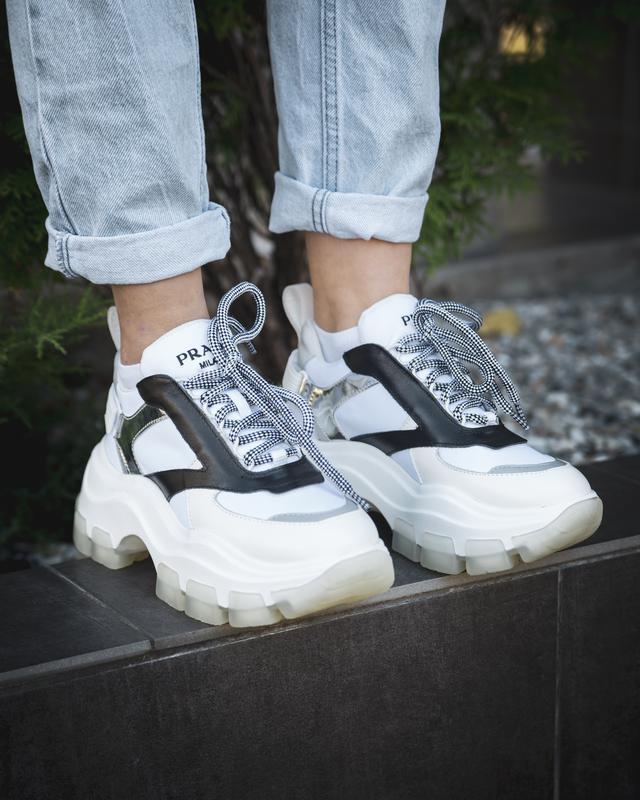 Шикарные женские кроссовки prada white