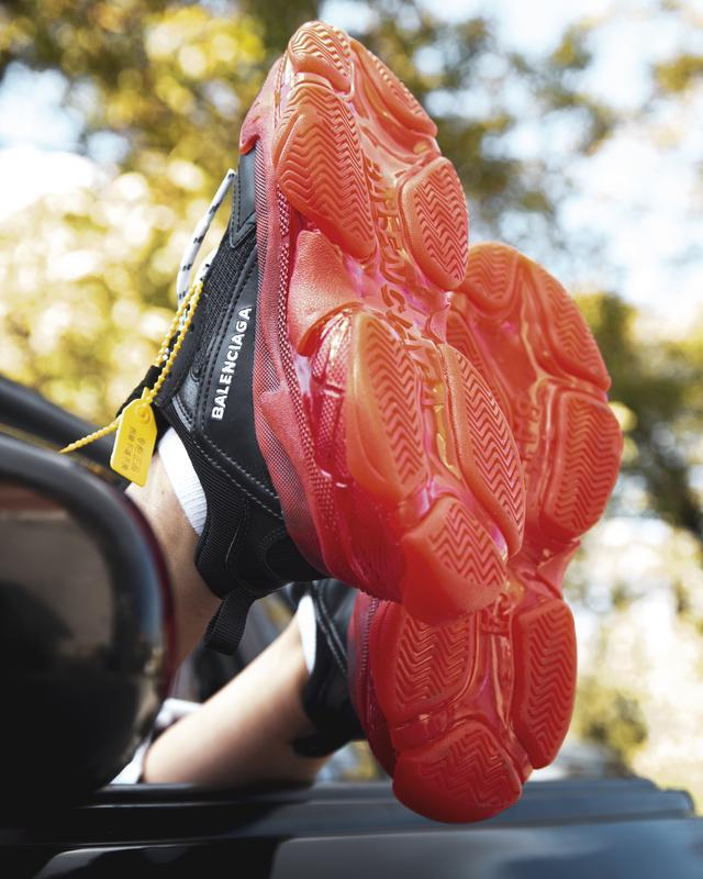 Шикарные женские кроссовки balenciaga triple s black/red - Фото 4