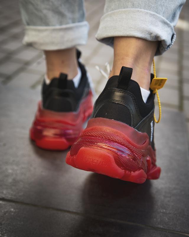 Шикарные женские кроссовки balenciaga triple s black/red - Фото 5