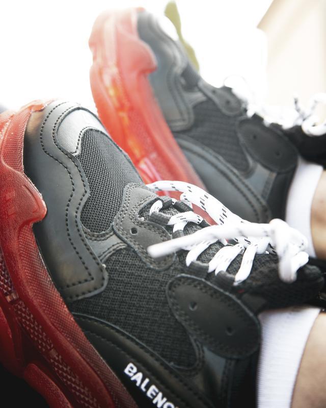 Шикарные женские кроссовки balenciaga triple s black/red - Фото 6