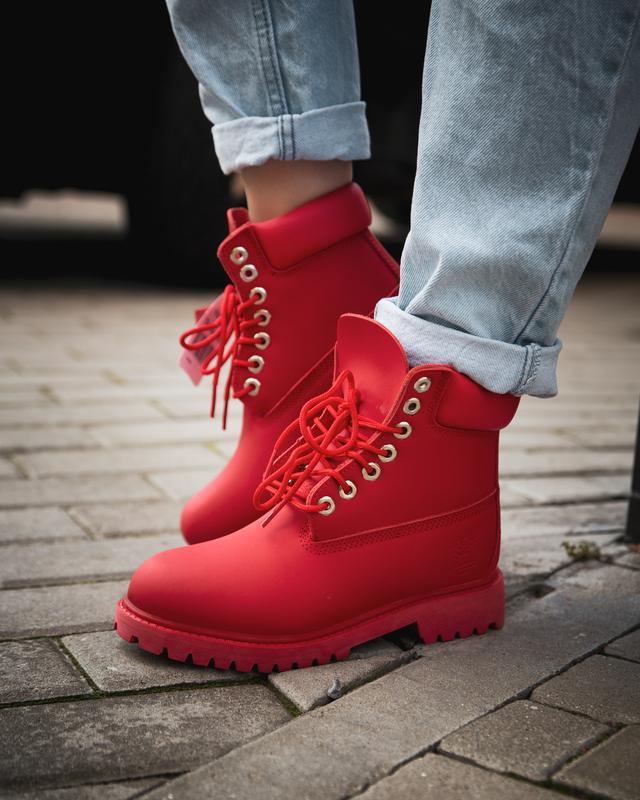 Шикарные женские  осенние термо ботинки timberland classic red