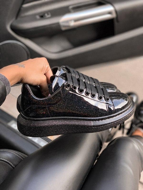 Шикарные женские кроссовки alexander  mcqueen galaxy