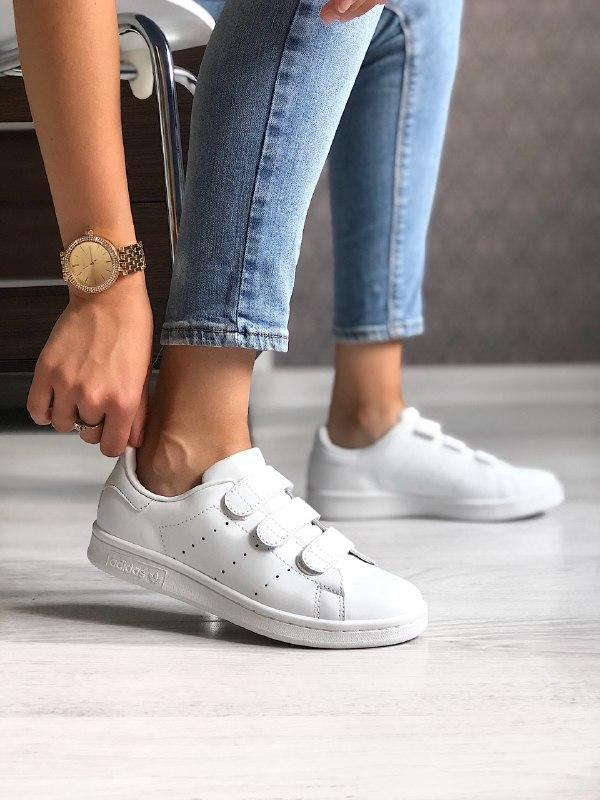 Шикарные женские кроссовки adidas stan smith white
