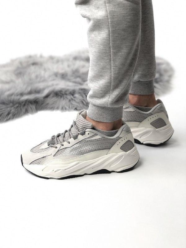 Шикарные кроссовки adidas yeezy boost 700 static