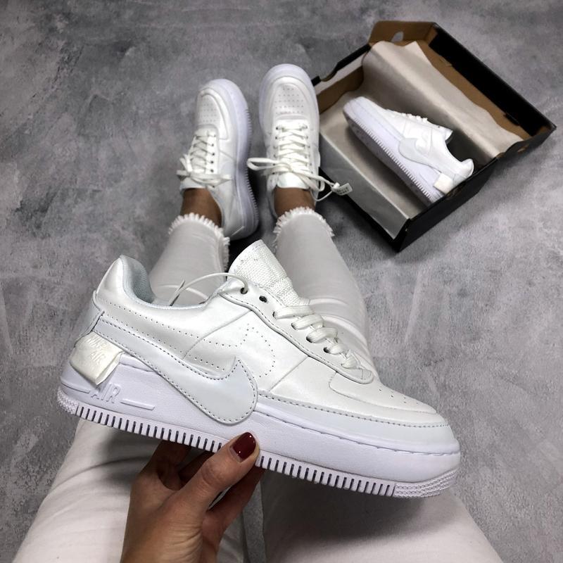 Шикарные женские кроссовки nike air force jester white