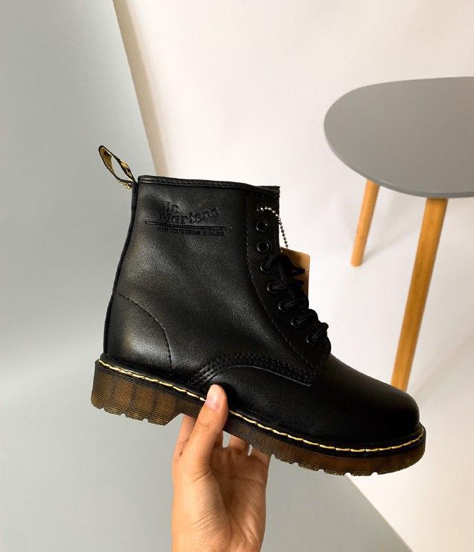 Шикарные женские зимние  ботинки dr. martens 1460 black с мехом