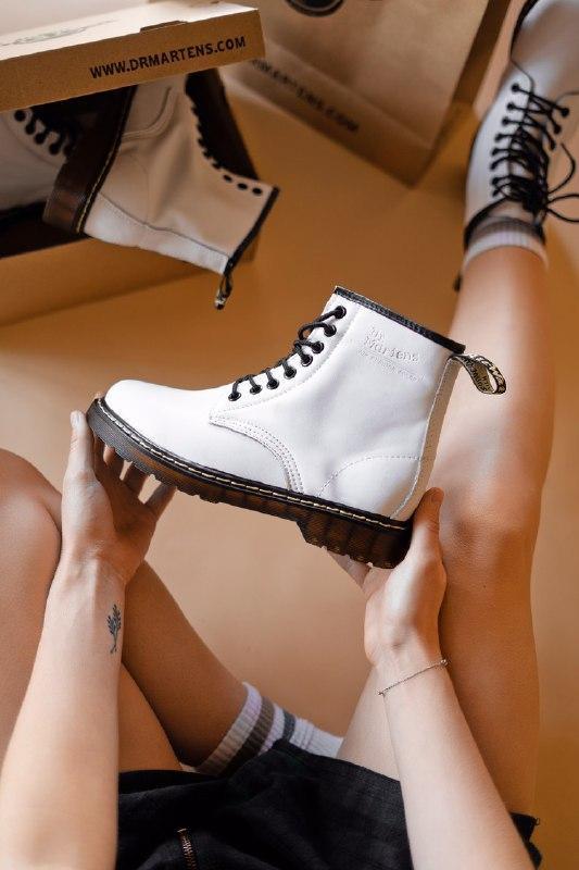 Шикарные женские зимние ботинки dr. martens 1460 white (мех)