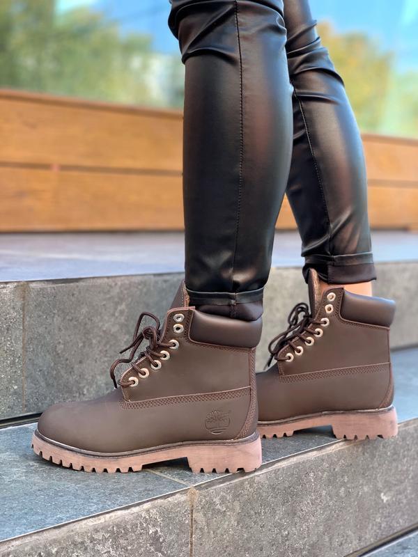 Шикарные женские зимние ботинки с мехом  timberland brown fur