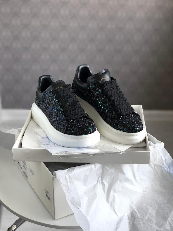 Шикарные женские кроссовки alexander mcqueen black
