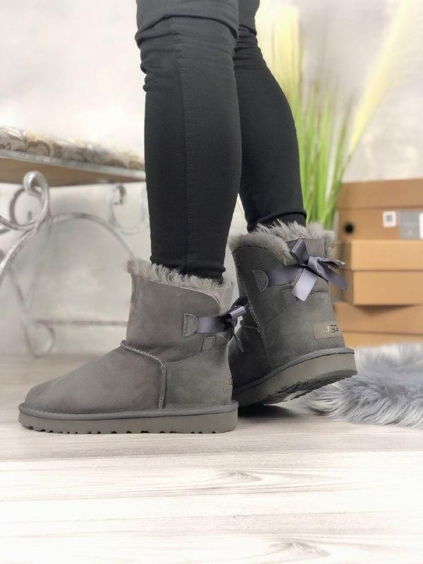 Шикарные женские зимние сапоги угги ugg bailey bow mini  grey