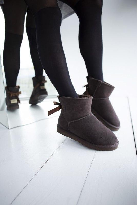 Шикарные женские зимние сапоги угии ugg classic mini brown