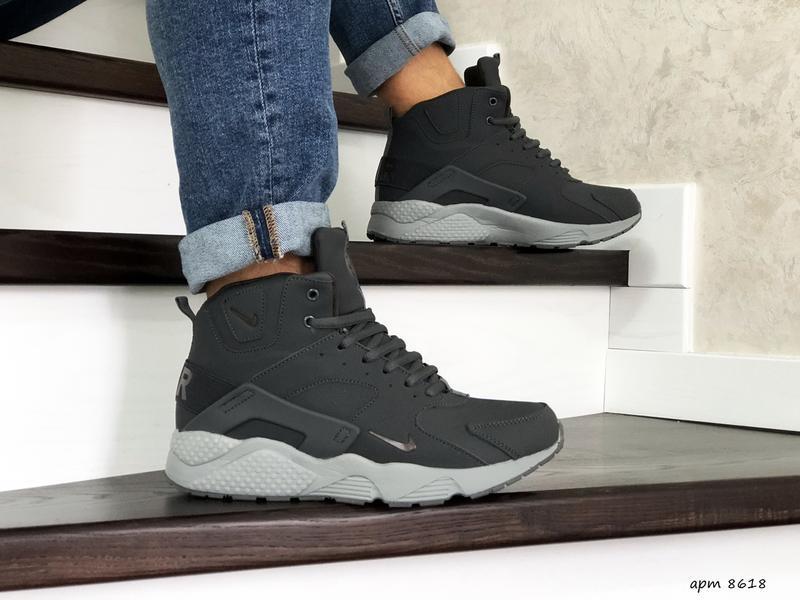 Шикарные мужские зимние ботинки кроссовки  с мехом nike huarac...