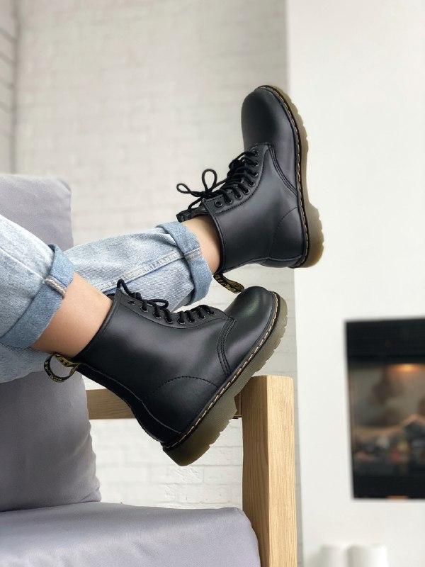 Шикарные женские зимние ботинки   dr. martens 1460 black fur (...