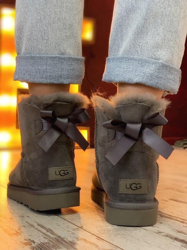 Шикарные женские зимние сапоги угги ugg bailey bow mini gray с... - Фото 4