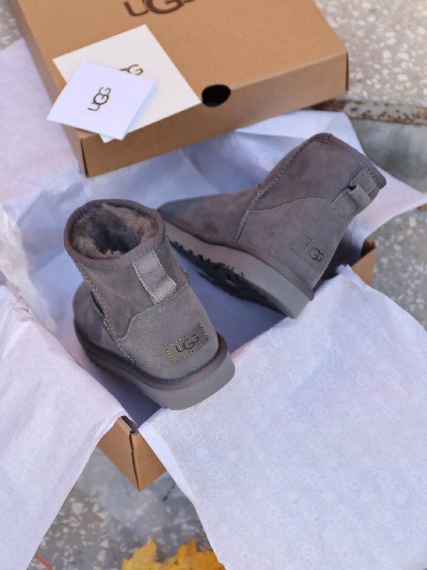 Шикарные женские зимние сапоги угги ugg mini ii grey с натурал... - Фото 4