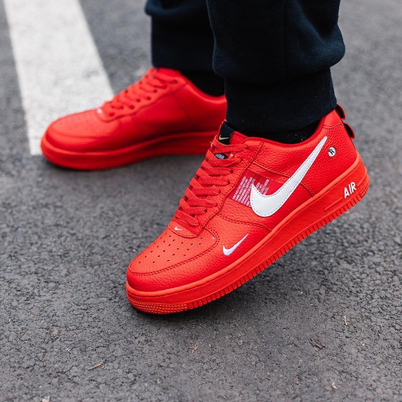 Шикарные женские кроссовки nike air force 1 low red