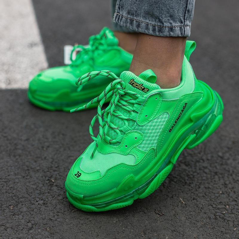 Шикарные женские кроссовки balenciaga triple s green