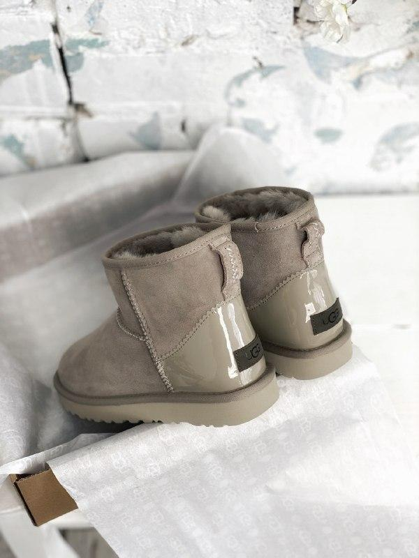Шикарные женские зимние сапоги угги ugg classic ii mini gray - Фото 6