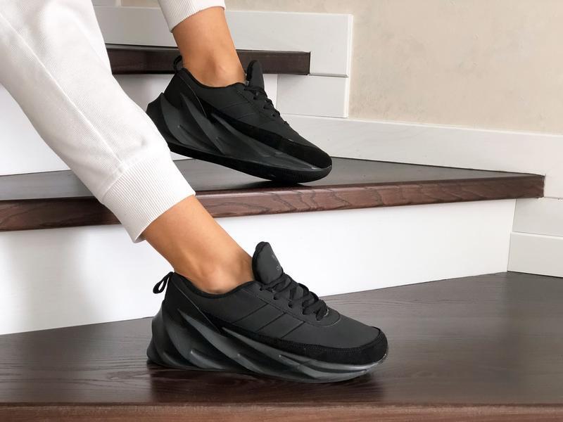Шикарные женские зимние кроссовки adidas sharks black  на меху
