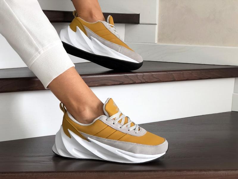 Шикарные женские зимние кроссовки adidas sharks yellow/white  ...