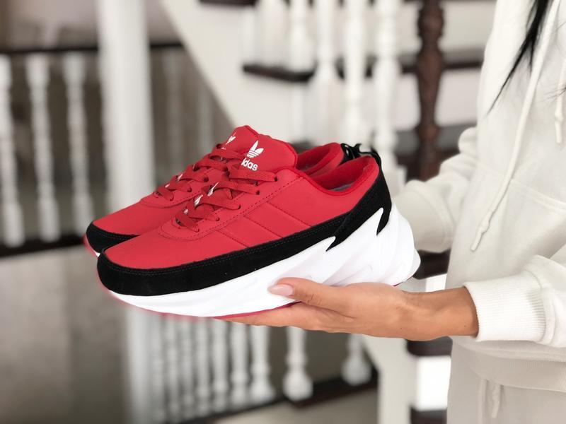 Шикарные женские зимние кроссовки adidas sharks red/black/whit... - Фото 4