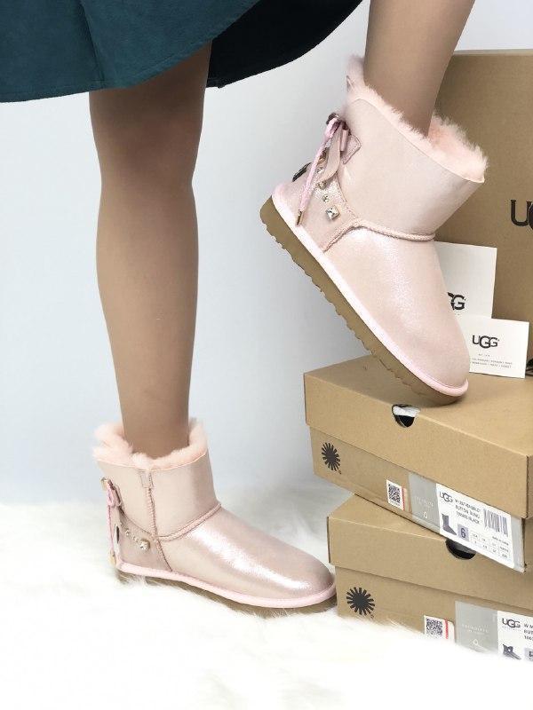 Шикарные женские зимние угги  ugg bailey bow mini  pink с нату...