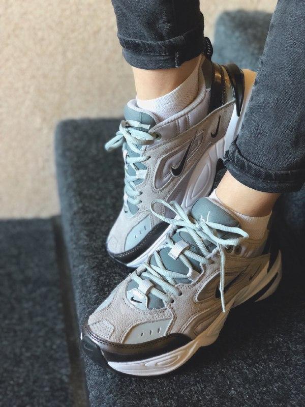 Шикарные женские кроссовки nike m2k tekno