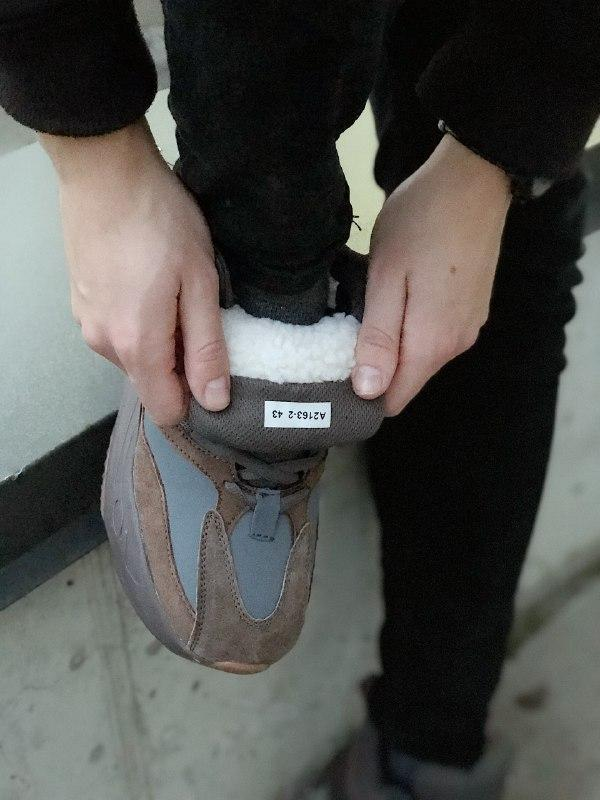 Шикарные мужские зимние кроссовки adidas yeezy boost 700 winter - Фото 4