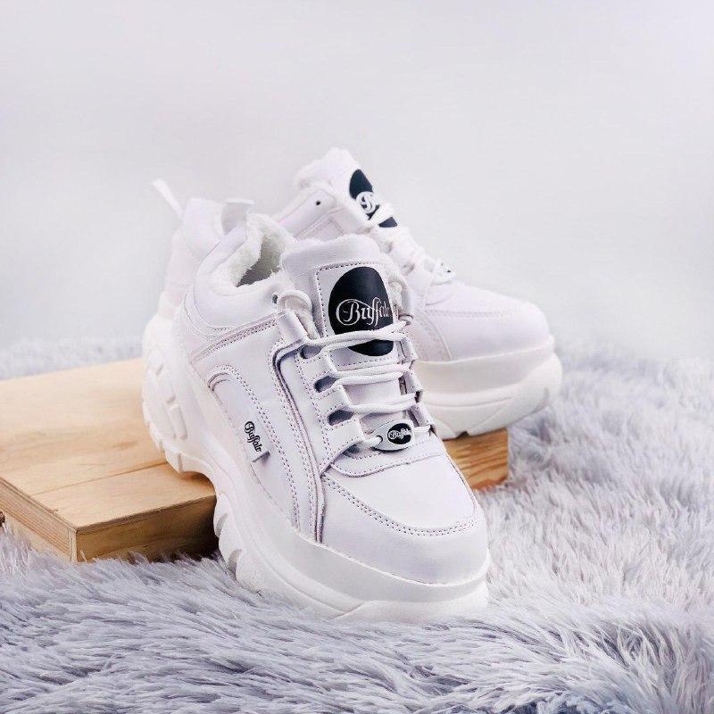 Шикарные женские зимние кроссовки buffalo classic low white le...