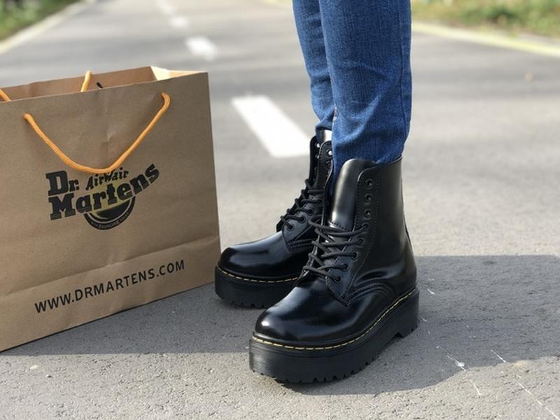 Шикарные женские зимние ботинки на платформе dr. martens jadon