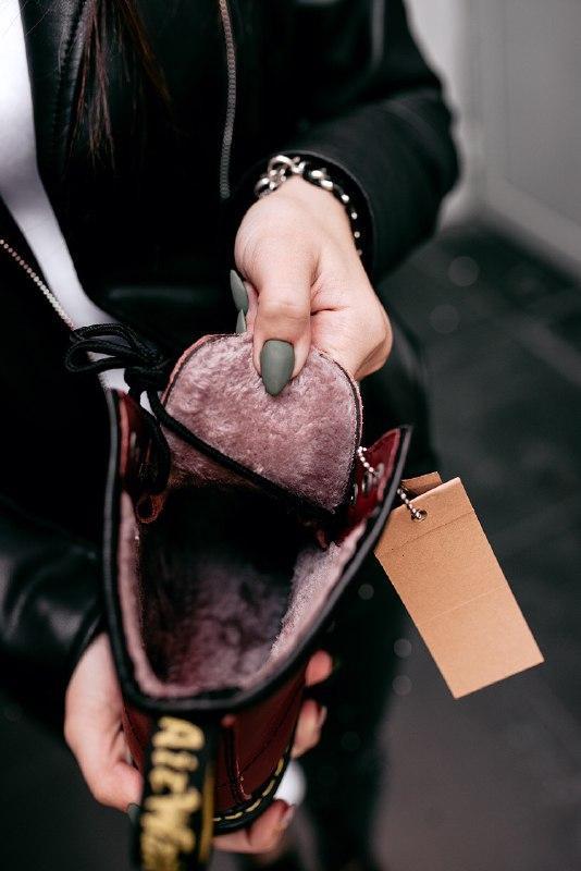 """Шикарные женские зимние ботинки dr.martens 1460 """"cherry red"""" - Фото 5"""