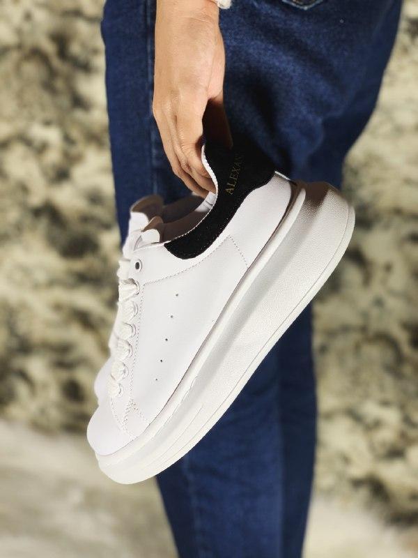 Шикарные женские кроссовки alexander mcqueen white/black - Фото 2