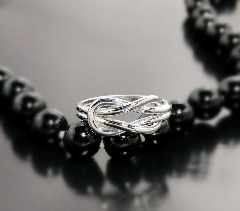 "Серебряное кольцо ""узел любви"""